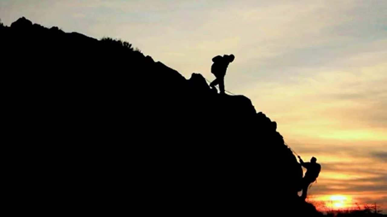 Aufstieg Bergesteiger