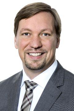 Cyber Versicherung Experte Dr. Jöster
