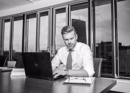 Boris Prochazka D&O Versicherung Experte MRH TROWE